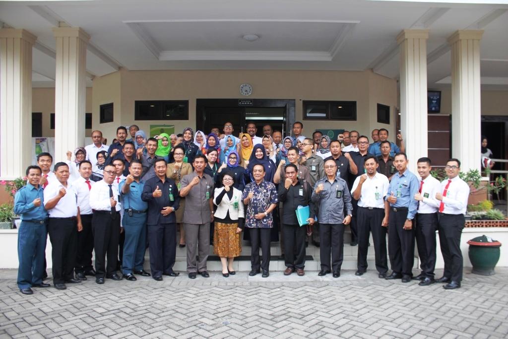 Pembinaan dan Pengawasan Ketua Pengadilan Tinggi Jawa Timur beserta Tim