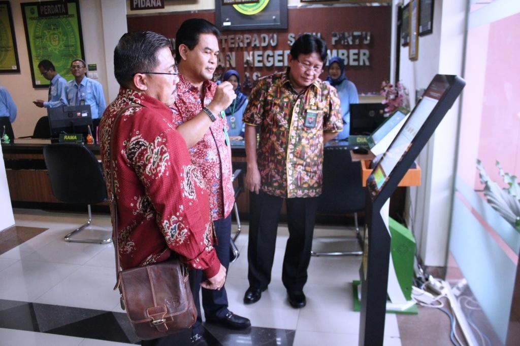Kunjungan Bpk Ketua Pengadilan Tinggi Surabaya