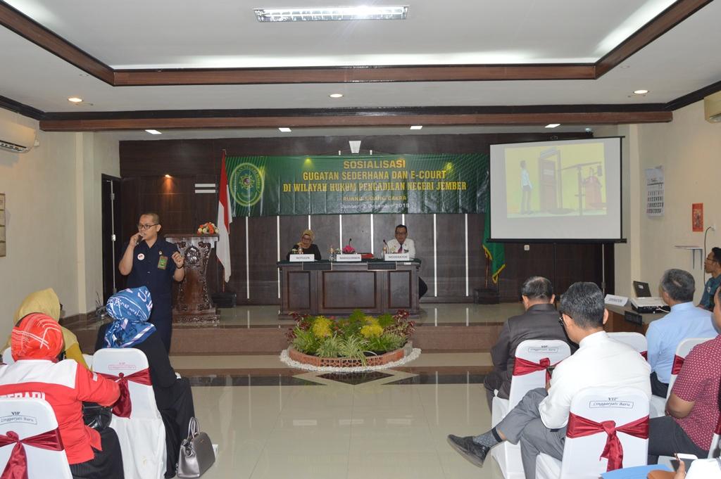 Sosialisasi Gugatan Sederhana dan E-court di Wilayah Hukum Pengadilan Negeri Jember Kelas 1A