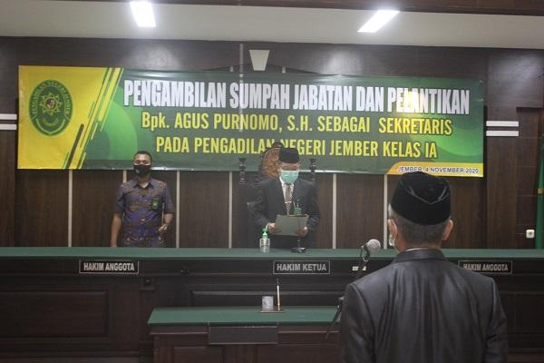 Pengambilan Sumpah Jabatan dan Pelantikan Sekretaris Pengadilan Negeri Jember