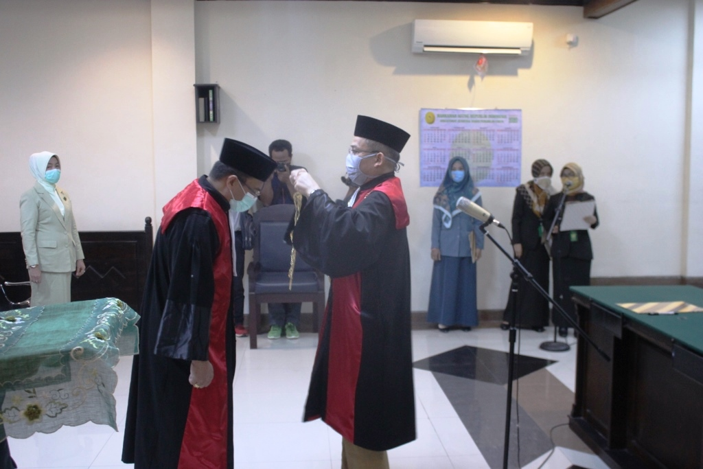 Pengambilan Sumpah Jabatan dan Pelantikan Wakil Ketua Pengadilan Negeri Jember