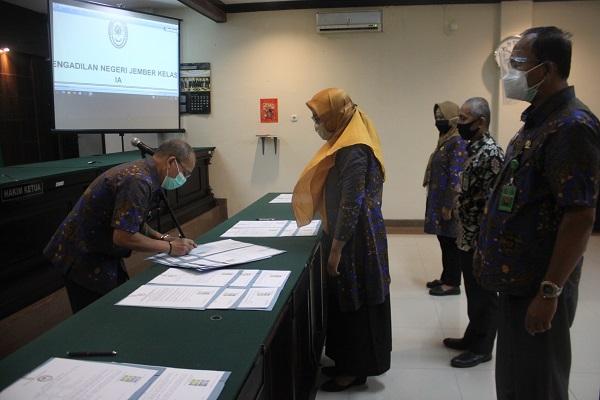 Penandatanganan Pakta Integritas dan Komitmen Bersama