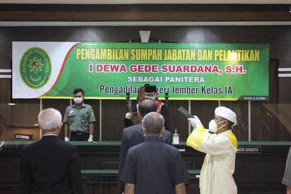 Pengambilan Sumpah Jabatan dan Pelantikan Panitera Pengadilan Negeri Jember